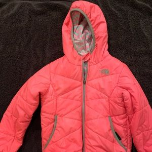 The north face size 6 reversible jacket